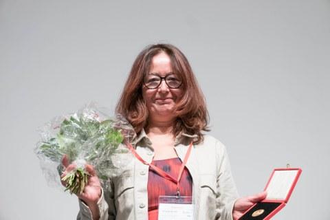 Dr. Vivienne Lo