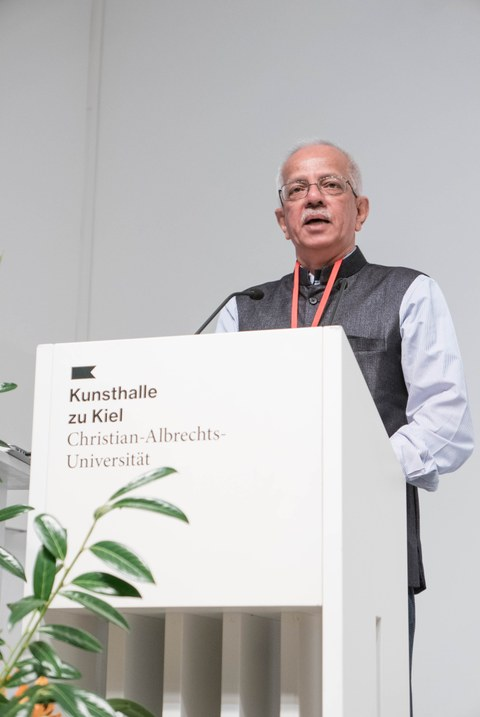 Prof. Dr. Narendra Bhatt