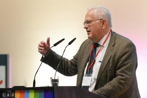 Dr. Ulrich Stephani